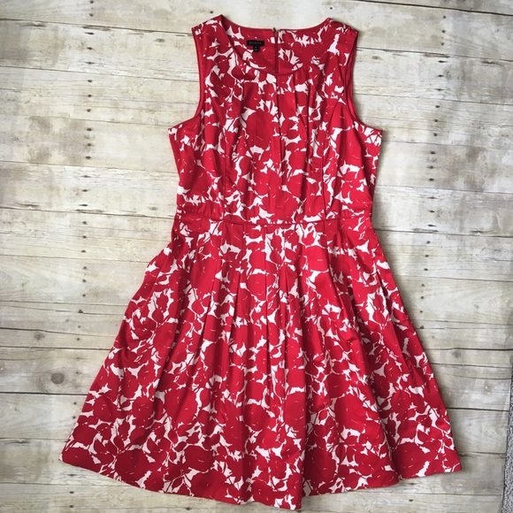 31bf4752a75 Talbots Red White Floral A Line Midi Dress Slevlss.  M 5aafe7eafcdc31900569849e
